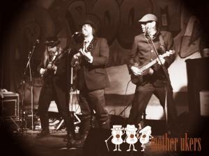 Mother Ukers ukulele band  Purbeck Folk fest 2012